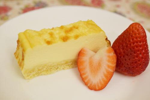チーズケーキ盛り付け